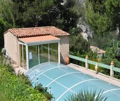 chambre d hote cassis calanque villa lou pin dou papet vue piscine à roquevaire