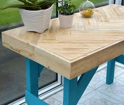 diy wooden table made with pallet wood garden living and making