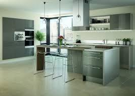ilot central cuisine hygena cuisine ouverte ilot central 3 la cuisine lumineuse et spacieuse