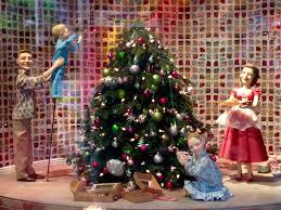 Myer White Christmas Decorations by Green Gourmet Giraffe Melbourne Christmas Myer Windows