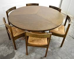 Retro Dining Room Furniture Vintage Dining Table Vintage Dining Room Table For That Kitchen