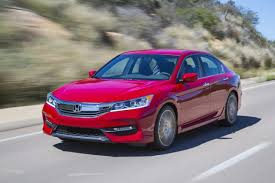 honda accord rate 2017 honda accord sedan vs 2017 volkswagen passat the car connection