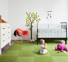 moquette chambre enfant tapis design et modulaire à base de dalles par flor
