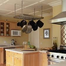 chaudron pour cuisiner rangement des solutions pour la cuisine guides de