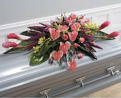 how to make a casket spray bulgaria florist funeral casket spray flowers delivery