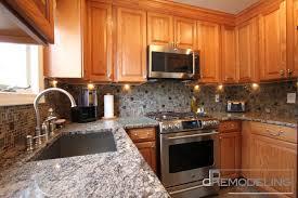 mosaic backsplash kitchen glass cabinet knobs pink granite
