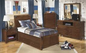 Bedroom Set With Media Chest Bedroom Panel Bed Queen 6 Drawer Media Chest Porter Dining Table