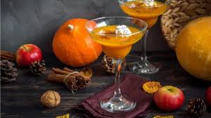 the ultimate thanksgiving cocktails to toast with gusto
