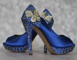 butterfly wedding blue wedding shoes something blue