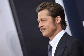 brad pitts haircut in seven what you can learn from brad pitt s stupid handsome hair gq