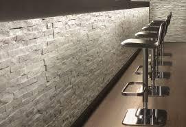 piastrelle in pietra per bagno gallery of rivestimenti in pietra per interni rivestimenti