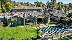 kris jenner u0027s mansion pics of the 9 9 million home u2013 hollywood life