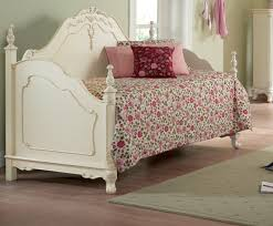 Daybed Sets Bedroom Stylish Ivory Day Bed With Daybed Bedding Sets And Area