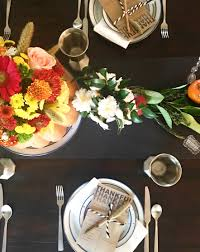 thanksgiving day flowers a day late thanksgiving tablescape u2014 bites blouses