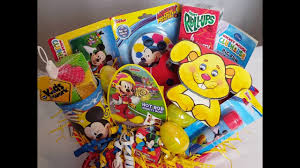 mickey mouse easter baskets diy mickey mouse easter basket dollar tree diy gift ideas