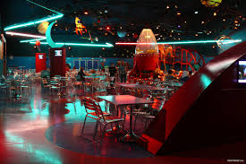 un disney worthy u201d buzz lightyear u0027s pizza planet restaurant has