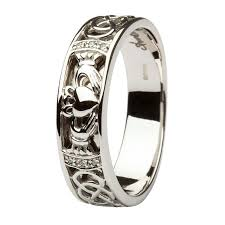 mens claddagh ring mens claddagh wedding ring the special claddagh wedding