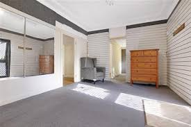 Wollongong Beach House - 37 beach street wollongong nsw 2500 first national real estate