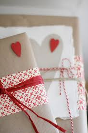 White Christmas Wrapping Ideas by Christmas Wrapping Ideas U2013 Red And White The Fab Guide