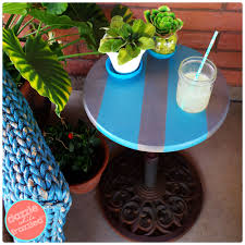 Patio Umbrella Side Table by Diy Umbrella Stand Into An Easy Patio Side Table