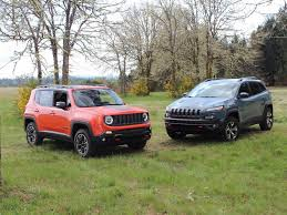 2015 jeep renegade check engine light the 2015 jeep renegade vs jeep cherokee business insider