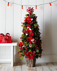 40 traditional and unusual christmas tree décor ideas family