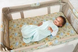 Mini Crib Vs Bassinet by Pack U0027n Play Vs A Cardboard Box Cribs For Kids