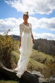 cr ateur robe de mari e dans les baskets de lamariée robe de mariée laporte