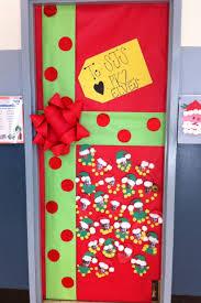 Ideas For Decorating Kindergarten Classroom Best 25 Christmas Classroom Door Ideas On Pinterest Classroom