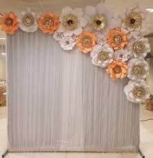 backdrop ideas ese diseño de flores pero sobre pared fija gails wedding