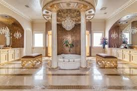 Stand Up Chandelier 41 Bespoke Bathrooms With Glittering Chandeliers