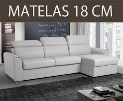 canapé convertible couchage permanent canapé lit pour petit espace décoration d intérieur table basse