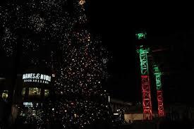crocker park tree lighting 2017 crocker park christmas tree lighting democraciaejustica