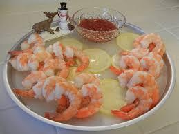 theworldaccordingtoeggface holiday shrimp cocktail on ice
