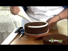 How To Decorate A Birthday Cake How To Bake And Decorate A Cake Youtube