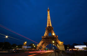 Eiffel Tower Wallpaper For Walls Eiffel Tower Wallpaper Hd Pixelstalk Net