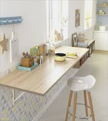 plan de travail stratifié cuisine plan de travail table cuisine nouveau cuisine lumineuse et