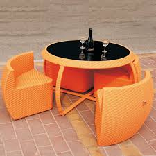 table avec chaise encastrable table ronde et chaises finest ide dco salle manger o la dco murale