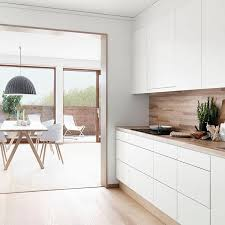cuisine blanche et bois cuisine blanc et bois cuisine moderne bois dedans kitchens