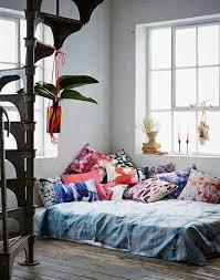 floor and home decor best 25 bed on floor ideas on floor beds canopy
