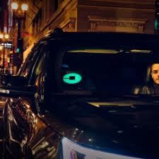 lyft light up beacon is uber s answer to lyft s amp