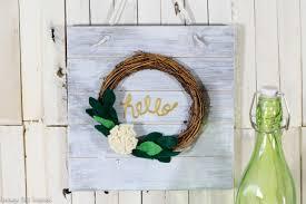 diy hello wreath sign