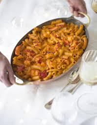 homard cuisine gratin de macaronis au homard pour 6 personnes recettes à table