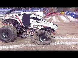 youtube monster trucks jam monster mutt dalmatian freestyle monster jam world finals xi