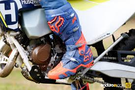 fox racing motocross boots enduro21 tested u2013 fox racing u0027s instinct offroad boots