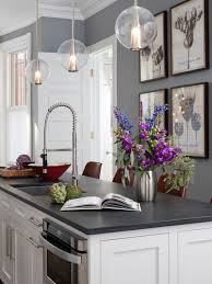 25 all time favorite kitchen with white backsplash ideas