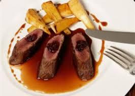 chevreuil cuisine recette de filet de chevreuil caramélisé au miel épices n 1