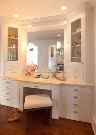 Bathroom Makeup Storage by Best 25 Bathroom Makeup Vanities Ideas On Pinterest Makeup