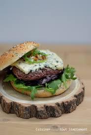 cuisiner un hamburger hamburger auvergnat cuisiner tout simplement le de