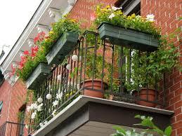 planter box small apartment balcony garden ideas